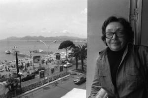 Marguerite-Duras-photographiee-1977-lors-Festival-Cannes_0_730_339