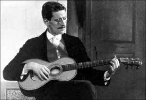 James_Joyce-and-guitar