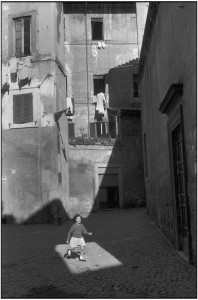 1959 ITALY. Rome. 1959. Image envoyÈ ‡ Fannie Escoulen (Transaction : 632563042832812500) © Henri Cartier-Bresson / Magnum Photos