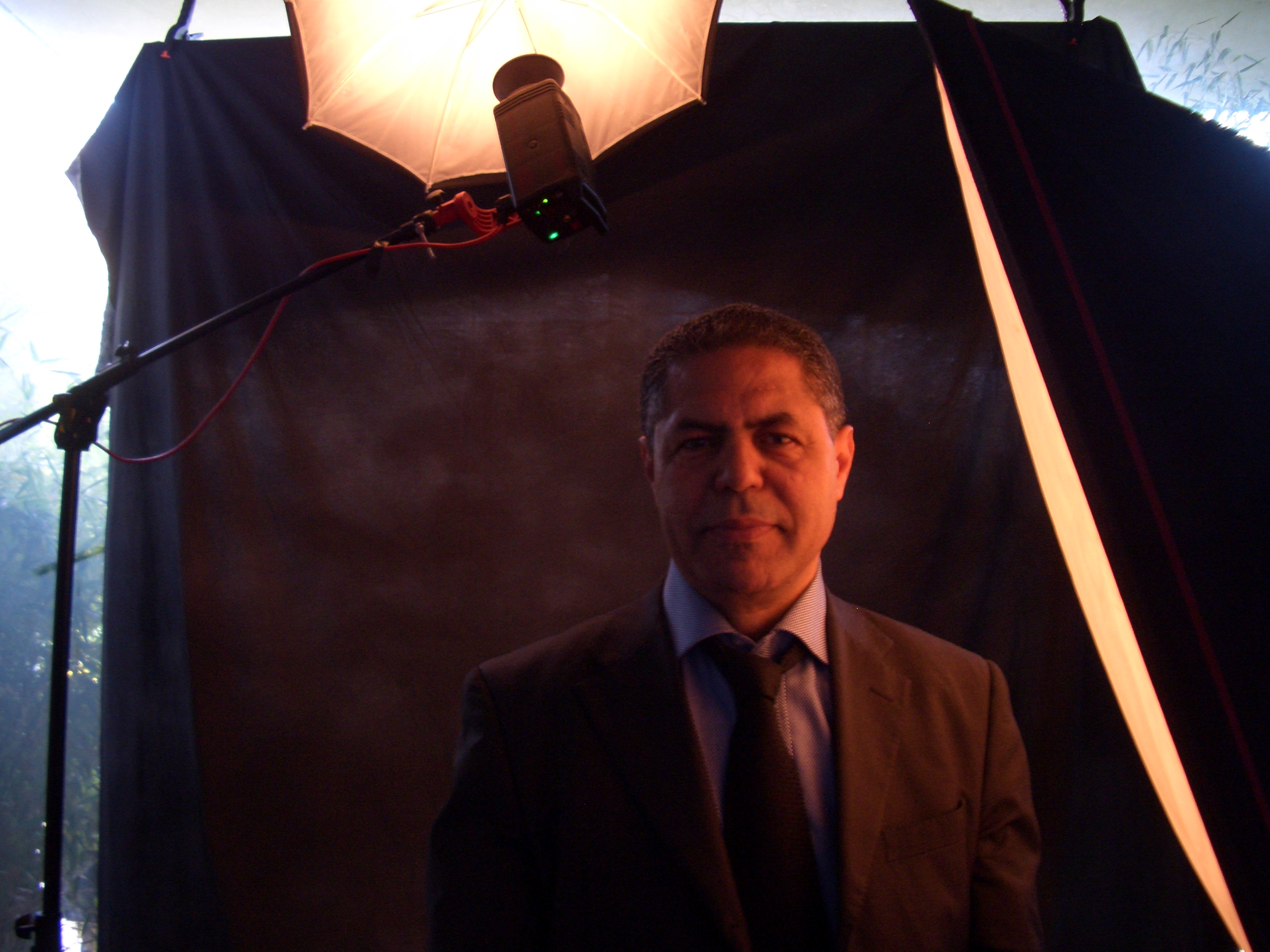 Cravate noire pour Malek Chebel