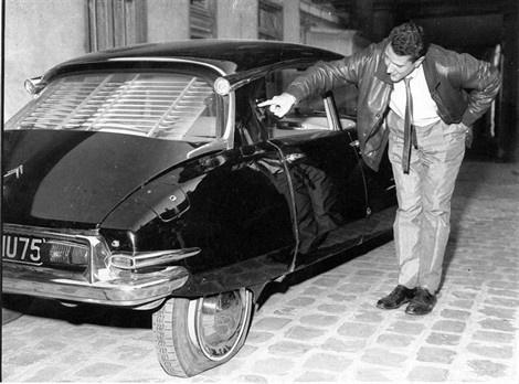 ob_7b3d7a_ds-19-de-gaulle-attentat-du-petit-clamart-en-1962