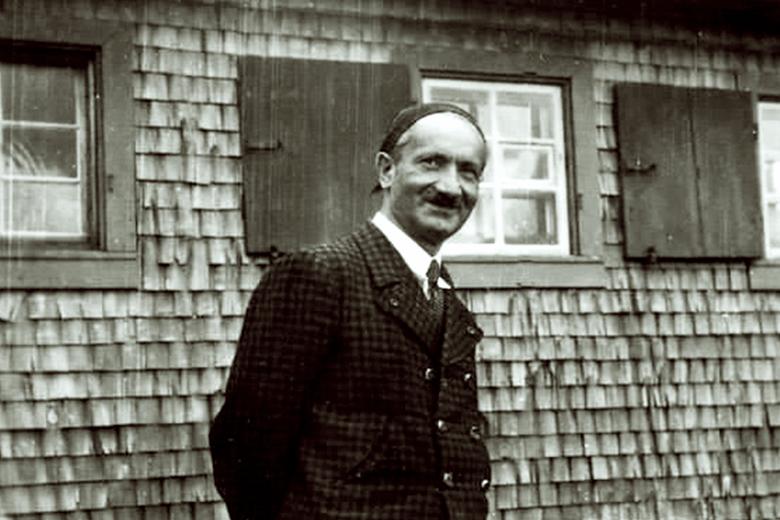 Heidegger contre les notaires du passé